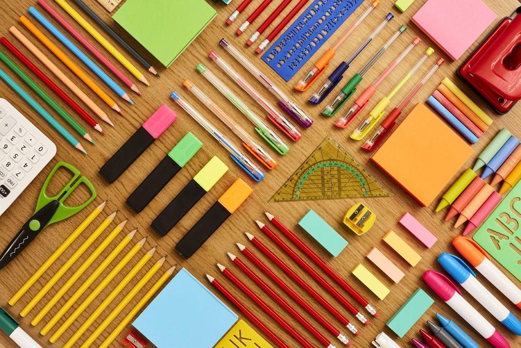 Wyprawka szkolna to coroczny rajd po sklepach papierniczych i nie tylko.