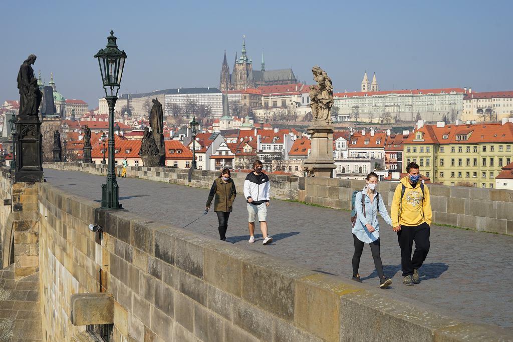 Czechy walczą z koronawirusem.
