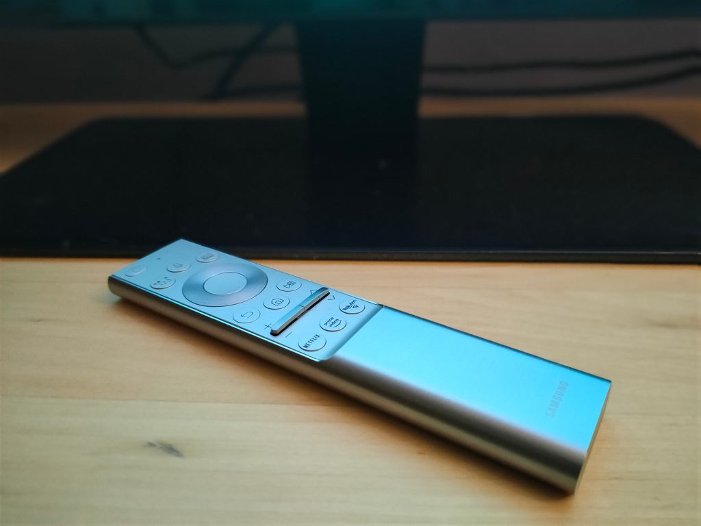 Pilot telewizora Samsung Q700t