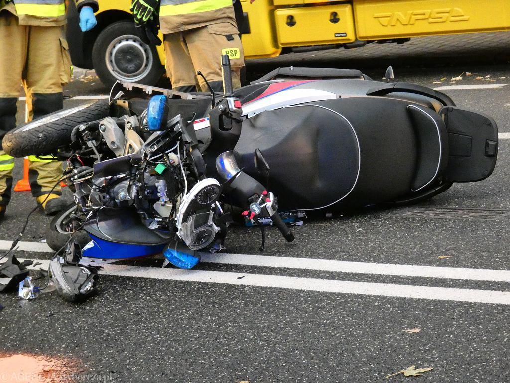 Wypadek z udziałem motoambulansu