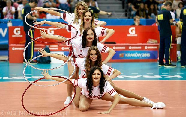 Zdjęcie numer 2 w galerii - Wszystkie przebrania cheerliderek na Ligę Światową w Tauron Arenie Kraków
