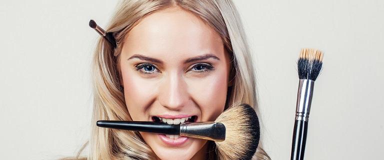 Trendy 2020: subtelny makijaż na wiosnę.