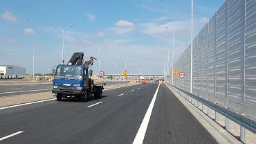 Trasa S2 między al. Krakowską a Konotopą jest już gotowa do otwarcia