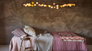 Cotton balls jako ozdoba sypialni