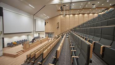 Pusta aula uczelni / zdjęcie ilustracyjne