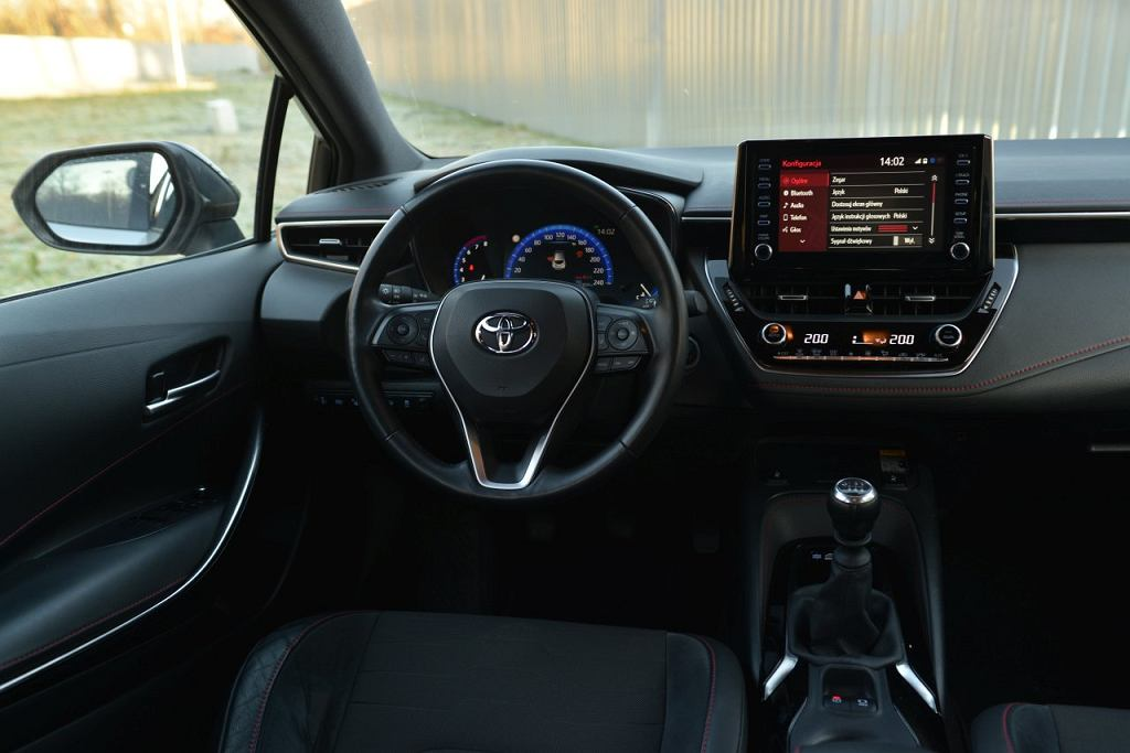 Skoda Scala 1.0 TSI vs. Toyota Corolla 1.2 T