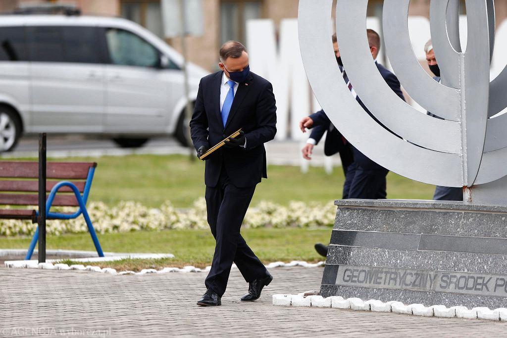Prezydent Andrzej Duda podczas wizyty w Piątku.