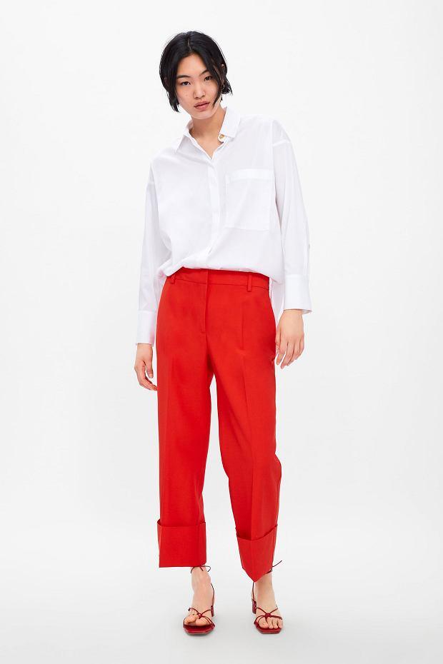 Spodnie w kolorze czerwonym sprawdzi się w eleganckich stylizacjach do pracy