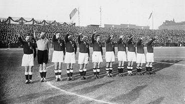 Niemcy przed meczem z Polską w 1933 roku