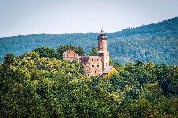 Najsłynniejsze zamki w Polsce, w których straszy. Jeden z duchów wciąż opiekuje się rezydencją