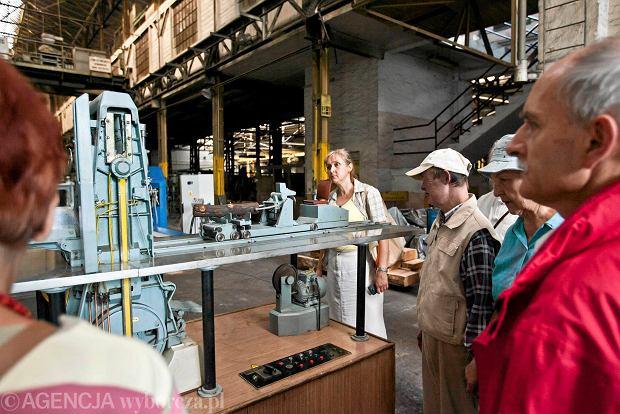 Zdjęcie numer 7 w galerii - Zwiedzali 150-letnią fabrykę obrabiarek na Wilczaku [ZDJĘCIA]