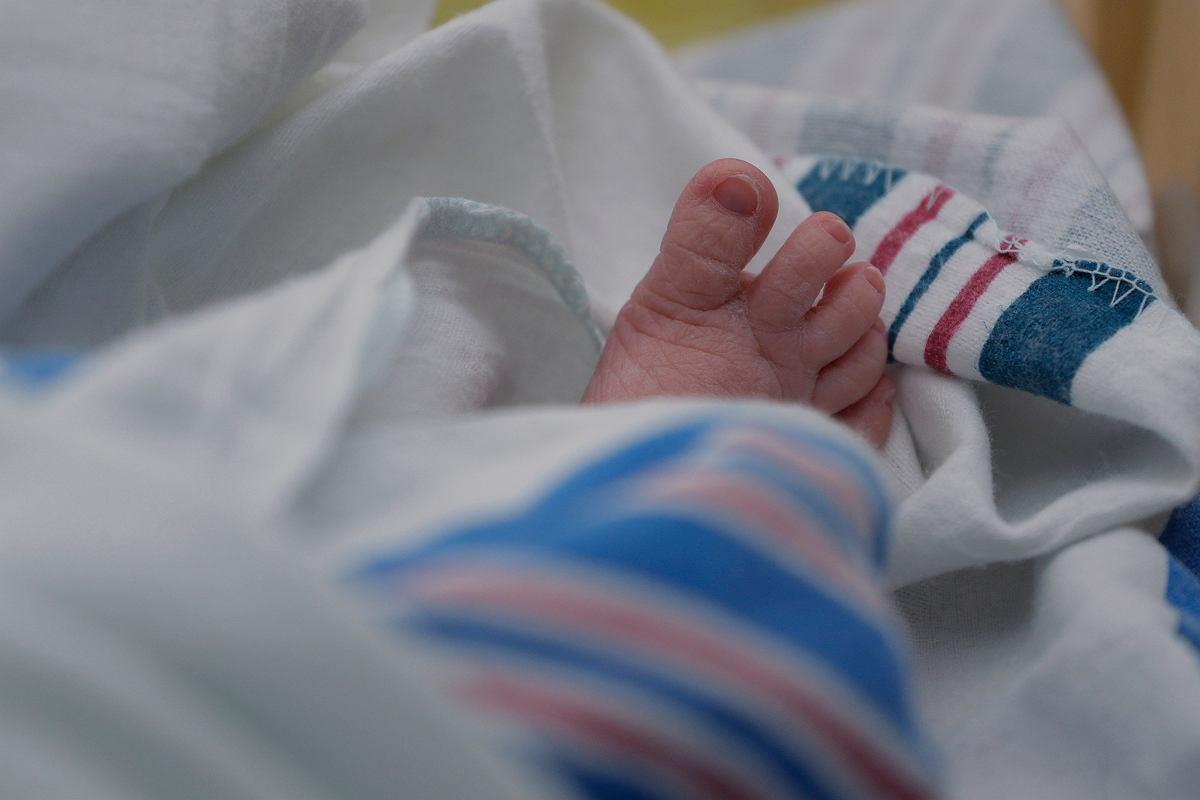 Newsweek Ukrainskie Surogatki Rodza Dzieci W Szpitalu W Wilanowie I Oddaja Je Parom Z Europy Zachodniej