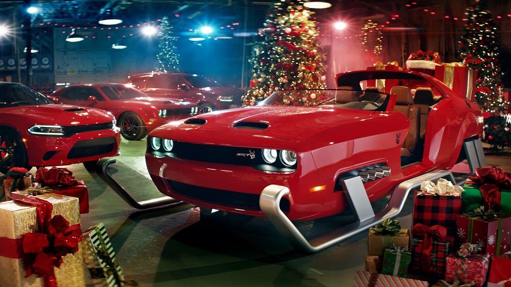 Dodge Challenger dla Świętego Mikołaja