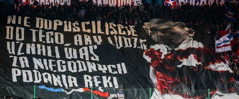 Ekstraklasa. Wisła Kraków upadnie? Potencjalni inwestorzy wycofali się z przejęcia klubu