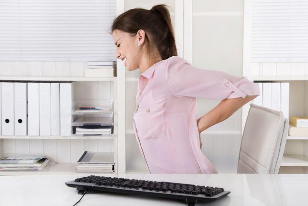 Kolka nerkowa - przyczyny, objawy i leczenie. Czy można zapobiec kolce nerkowej?