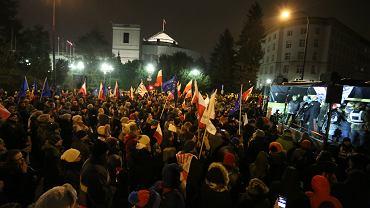 Demonstracja opozycji pod Sejmem, 17.12.2016