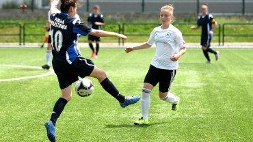 piłka nożna kobiet, Sportowa Czwórka Radom - Praga Warszawa