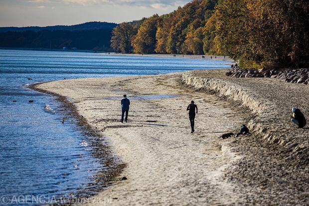 Gdynia poszerzyła plażę za 2,5 mln zł. Zabrał ją sztorm