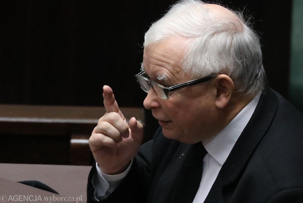 Jarosław Kaczyński na sejmowej mównicy. Warszawa,28 października 2020