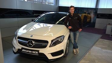 Kamil Stoch w Mercedesie-AMG GLA 45