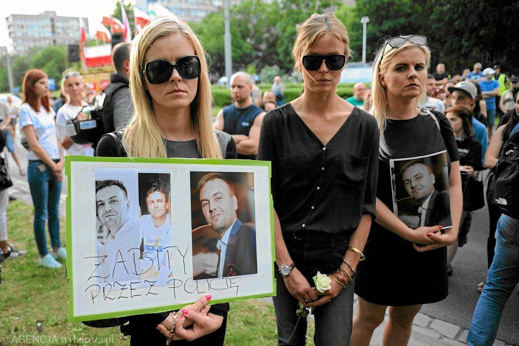 Igor Stachowiak zmarł po tym, jak był torturowany paralizatorem przez policję