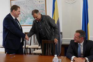 Polskie firmy wyremontują ukraińskie drogi. Nowak podpisał kontrakty. Z polskich władz nie przyjechał nikt