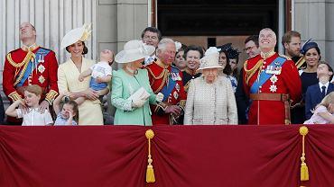 Brytyjska rodzina królewska ma polskie korzenie. Jeden z kuzynów wciąż żyje, mieszka w Warszawie i jest księdzem