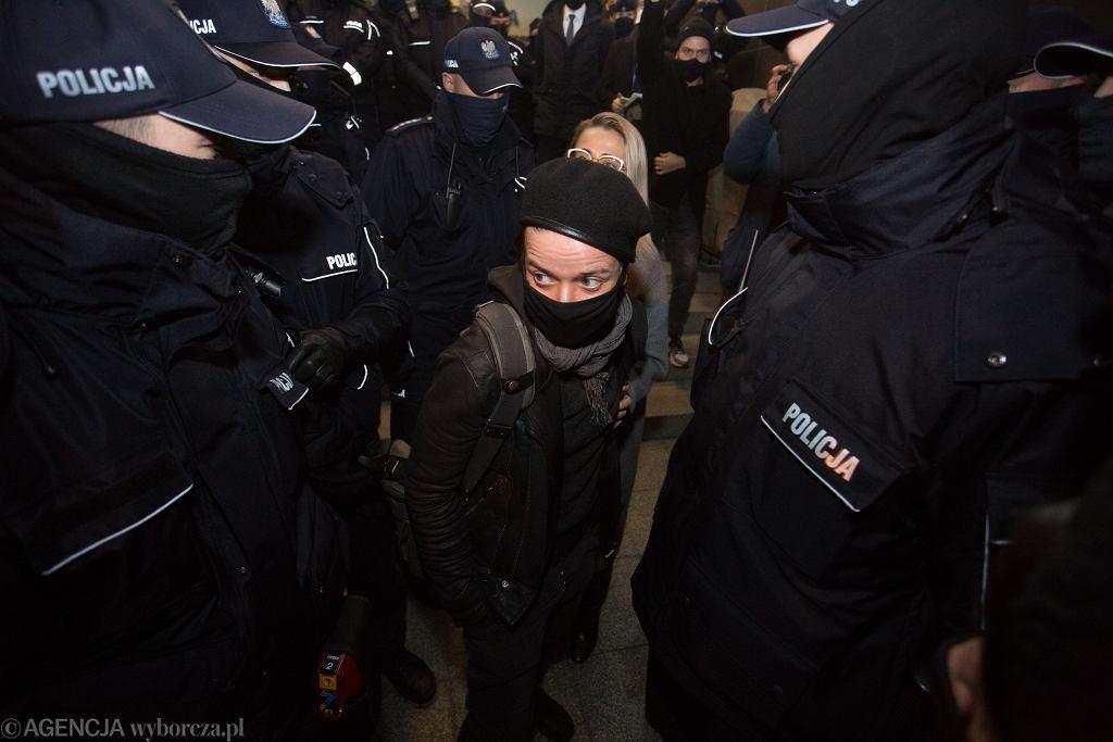 Fotoreporterka Agata Grzybowska zatrzymana przez policje