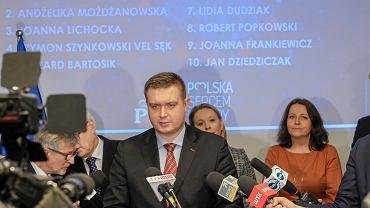 Marcin Porzucek podczas prezentacji kandydatów PiS do Parlamentu Europejskiego. Poznań, 22 marca 2019