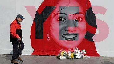 Mural przedstawiający Savitę Halappanavar, która zmarła po tym, jak odmówiono jej aborcji