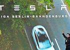 Festyn w fabryce aut Tesli pod Berlinem. Musk szykuje dla Niemców nowe akumulatory i butelki do piwa