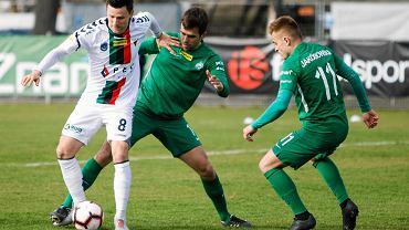 Warta Poznań - GKS Tychy 1:1. Łukasz Grzeszczyk (z lewej) pozbawił 'Zielonych' zwycięstwa