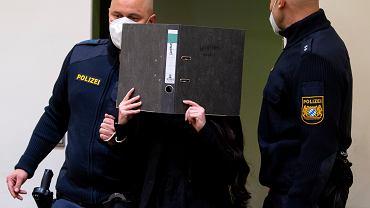 Jennifer W. w sądzie w Monachium