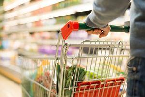 """Kupujesz żywność """"made in Poland""""? Sieci handlowe nie pozwolą ci sprawdzić, czy produkt jest polski"""