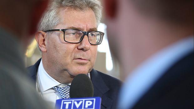 Biznesmen boi się zemsty asystentki europosła Ryszarda Czarneckiego