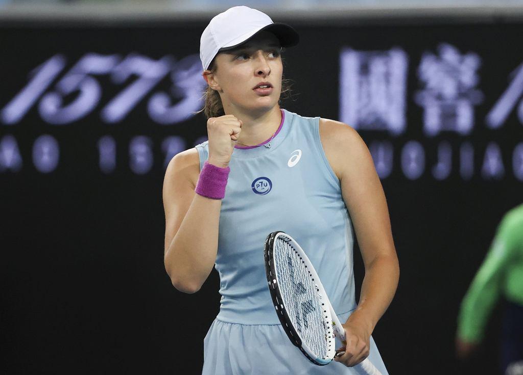 Australian Open - Iga Świątek wygrywa z Fioną Ferro