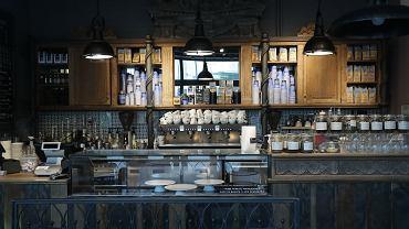 17.03.2020, Warszawa, kawiarnia sieci Green Caffe Nero zamknięta z powodu epidemii koronawirusa.