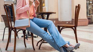 Pepco sprzedaje uwielbiane przez kobiety jeansy za 50 zł. Ich krój wyszczupla (zdjęcie ilustracyjne)