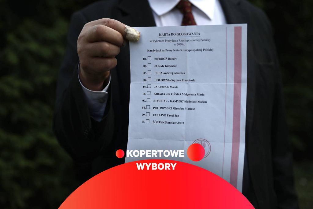 Pakiet wyborczy do głosowania korespondencyjnego, który wyciekł z firmy przesyłkowej.