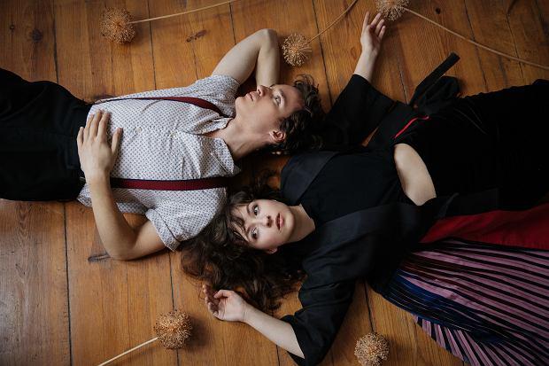 Kwiat Jabłoni - Jacek Sienkiewicz i Kasia Sienkiewicz. Ich wirtualny koncert organizuje łódzki ArtKombinat
