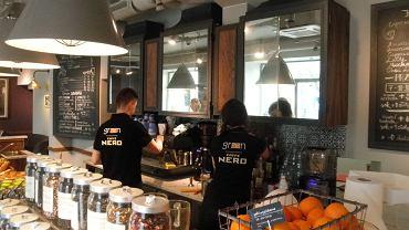 Green Caffe Nero w al. Niepodległości 227/233 w Warszawie