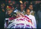Indira Gandhi rządziła 700-milionowymi Indiami przez 15 lat. Dlaczego zamordowała ją osobista ochrona?