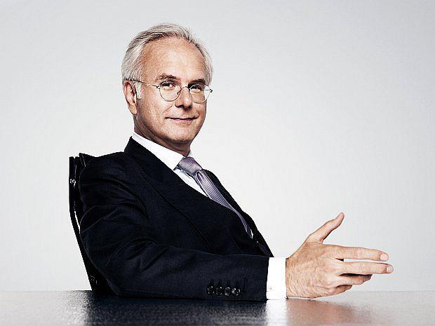 Powszechną sławę w Niemczech przyniosła mu własna audycja pod tytułem Harald Schmidt Show emitowana w latach 1995-2003 przez prywatną stację telewizyjną Sat 1