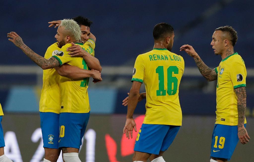 Neymar i spółka znowu ze zwycięstwem. Brazylia wygrywa, ale nie bez kontrowersji