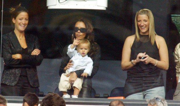 Rebecca Loos, Victoria Beckham z senem Romeo, Joanne Beckham