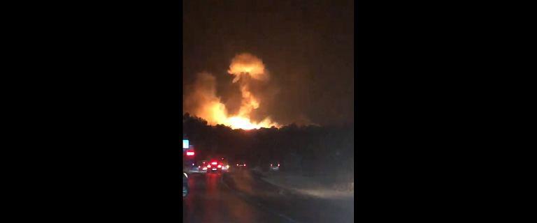 Eksplozje i pożar składu amunicji w tureckiej bazie. Ranni polscy turyści