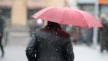 Pogoda na środę. Weźcie ze sobą parasolki, w całym kraju będzie deszczowo i zimno