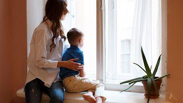 Matka z synem/zdjęcie ilustracyjne