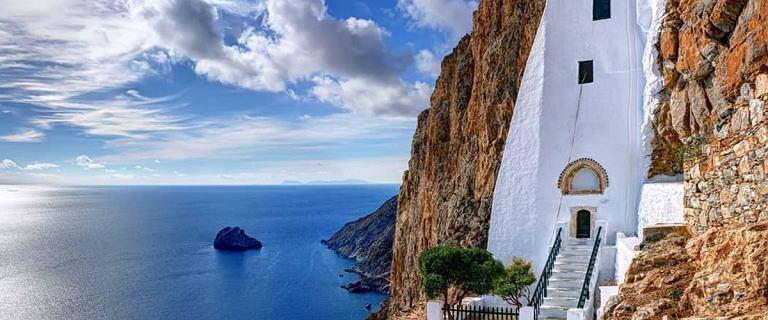 Przepyszne jedzenie i piękne krajobrazy - tym Grecja kusi turystów. Poznaj TOP 5 miejsc, które warto tutaj zobaczyć