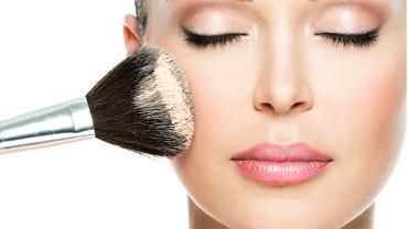 Delikatny makijaż jest tym sezonie bardzo modny